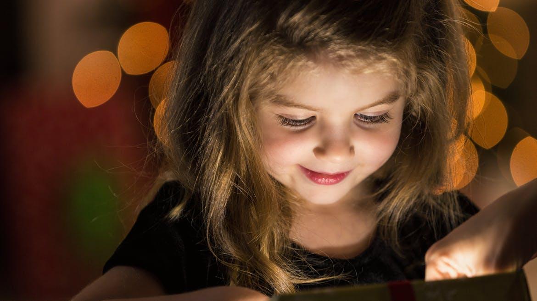 petite fille à Noel