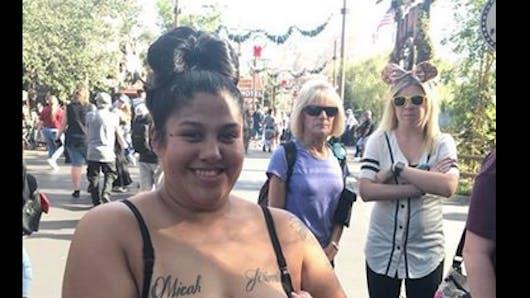 Une maman humiliée pour avoir allaité son bébé à Disneyland, en Californie