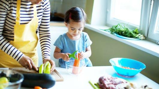 Pourquoi il est primordial de toujours manger à table avec ses enfants
