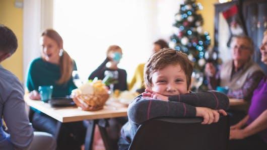 Apéritif: des précautions pour éviter l'accident chez les jeunes enfants