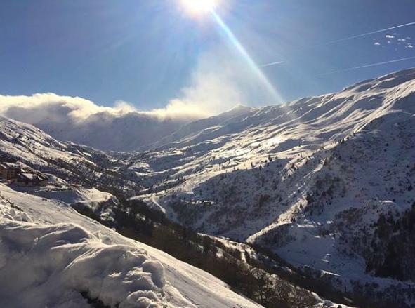 Une fillette de 9 ans sauvée d'une avalanche — Savoie