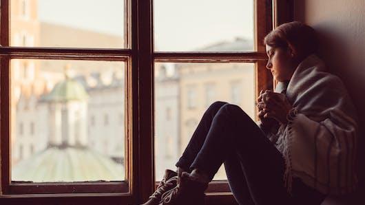 Dépression saisonnière : les femmes seraient plus affectées que les hommes