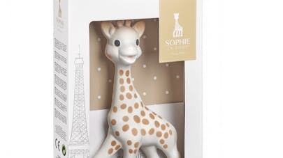 Personnalisez Sophie la Girafe pour votre enfant