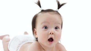 Idées reçues sur les cheveux des bébés