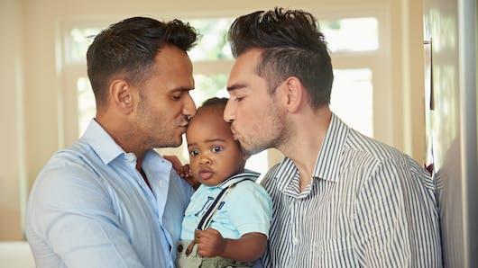 Je suis homosexuel(le) et je veux adopter