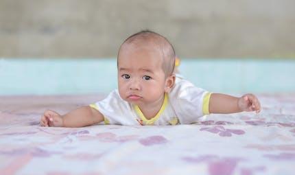 Développement du bébé de la naissance à 6 mois