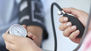 Hypertension, hypotension : les variations de tension pendant la grossesse