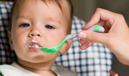 Quel lait et produits laitiers pour bébé selon son âge ?
