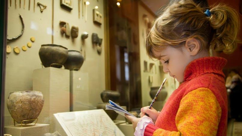 Sa première visite au musée