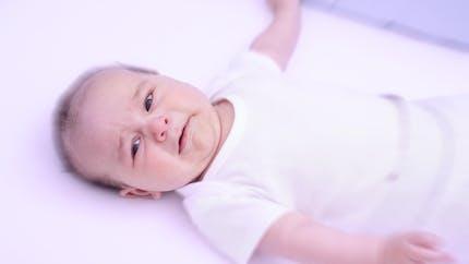 Les causes possibles des maux de ventre du bébé