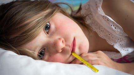 Fièvre chez l'enfant : les gestes à adopter