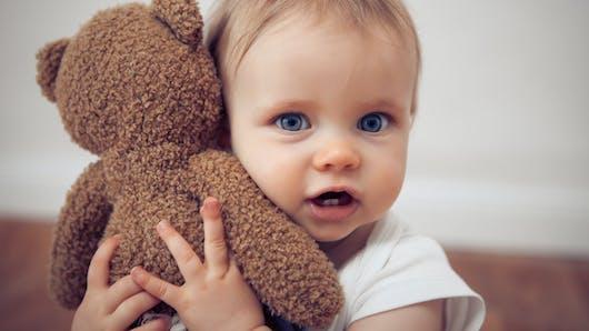 Pourquoi le doudou est-il si important pour votre Bébé ?