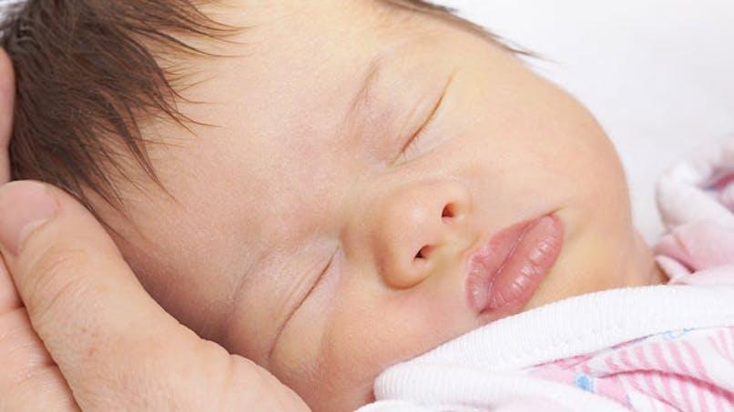 Astuces de mamans et de pros pour endormir Bébé