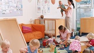 Crèche parentale : les étapes pour la créer