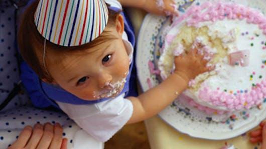 Le gâteau d'anniversaire de Bébé