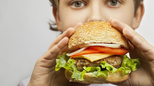 Fast-food : les enfants adorent !