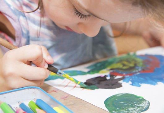 peinture école maternelle