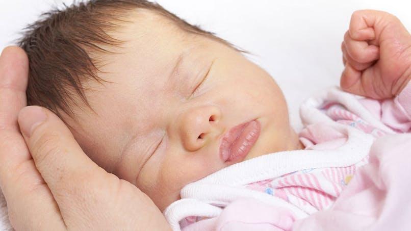 Bébé a la coqueluche