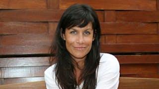 Astrid Veillon