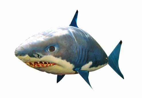 Requin Air swimmer