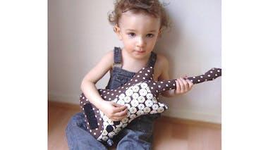 Coussin « Guitare Basse Rock U »