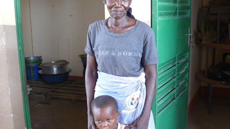 Pauline et son petit-fils, Jonathan, 3 ans