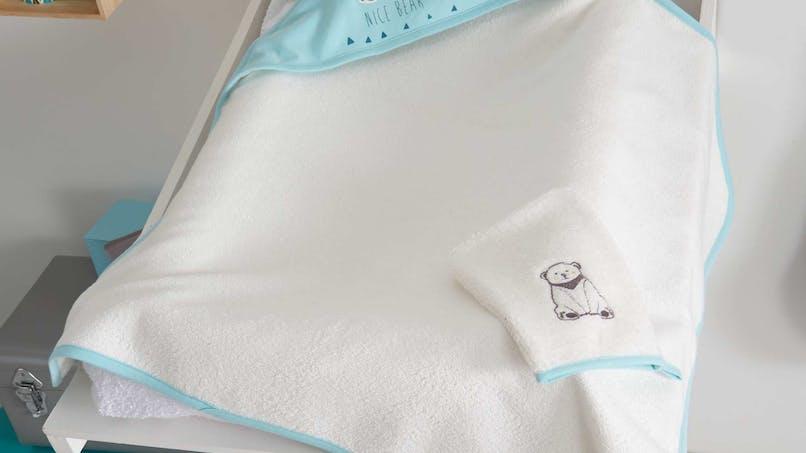 Quatre serviettes de toilette