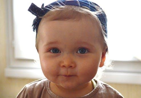 Laura (15 mois)