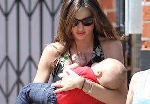 Miranda Kerr : un accouchement naturel
