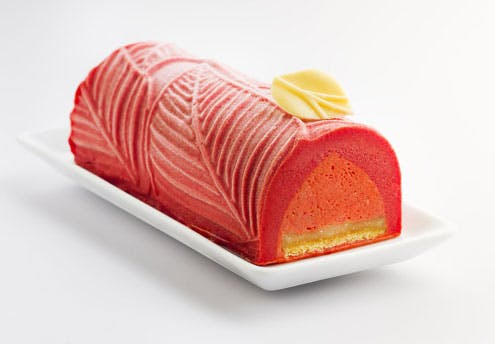 Bûche de Noël glacée fraise-verveine