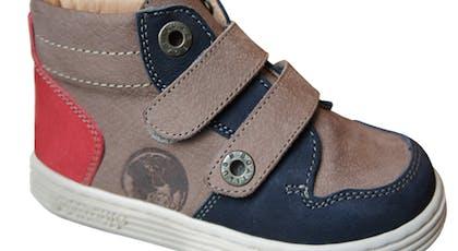 Chaussures de globe-trotteur
