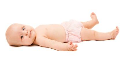 Bébé a une hernie : quand s'inquiéter ?