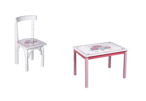 Chaise et table imprimées