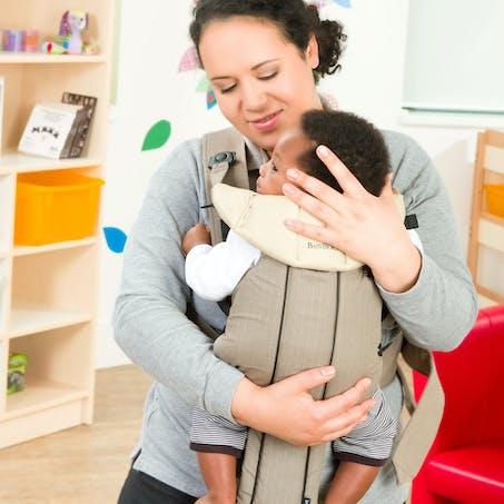 En porte-bébé