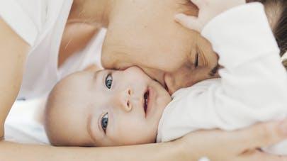 Maman-bébé   une séduction réciproque   PARENTS.fr 428d196688cb