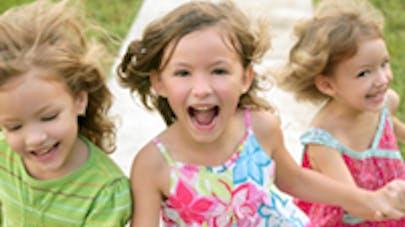 mère trois enfants - image