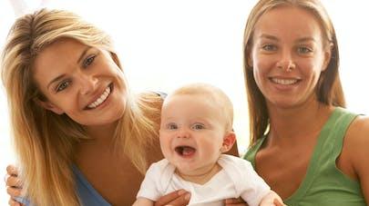 couple lesbienne avec enfant