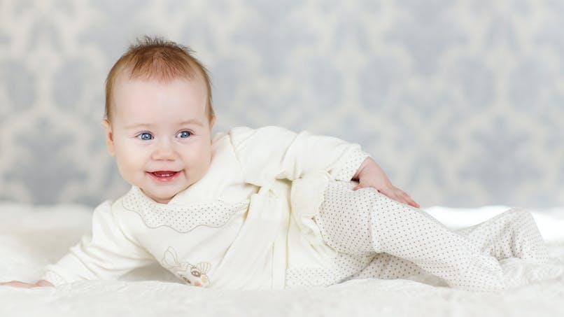 6-18 mois: les grandes découvertes de Bébé