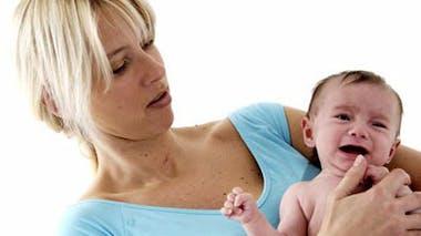 Concrètement, comment peut-on aider une mère, par       téléphone, à calmer son petit ou à l'allaiter ?
