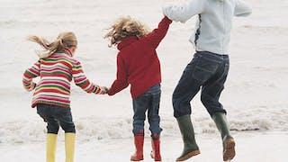 Séjours en famille : les bons plans de la Toussaint en   Europe