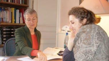 Aujourd'hui, Sandrine consulte pour des petits maux       typiques de la grossesse.