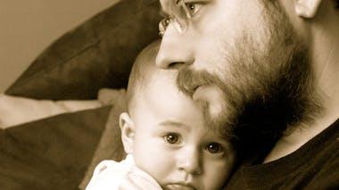 Gabriel, 10 mois, et son papa