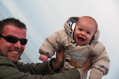 Naël, 8 mois, et son papa