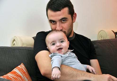 William, 6 mois, et son papa