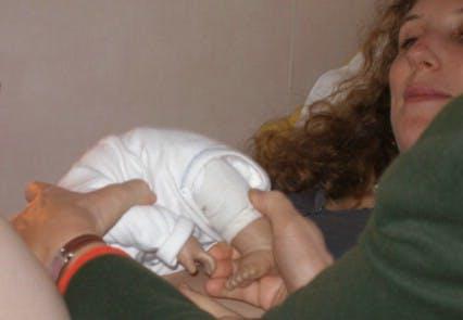 Sandrine visualise la position de son bébé...