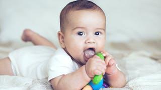 Acheter les jouets de Bébé en toute sécurité