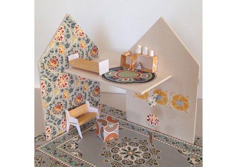 Maison de poupée à décorer