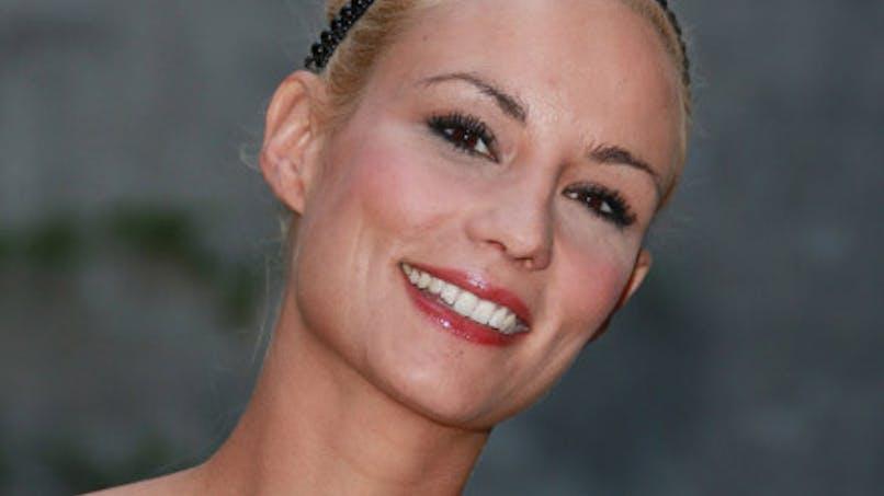 Elodie Gossuin : une jeune maman épanouie