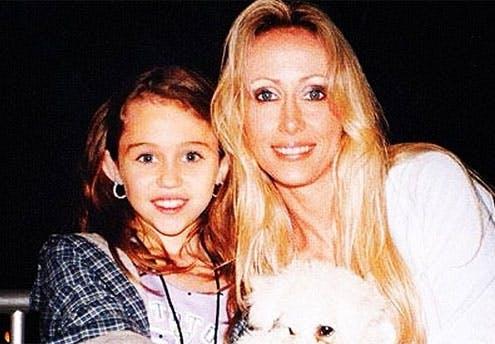 Miley Cyrus (fête des mères 2014)