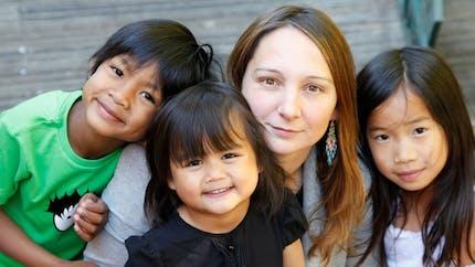 Adoption : des portraits émouvants de familles   adoptantes